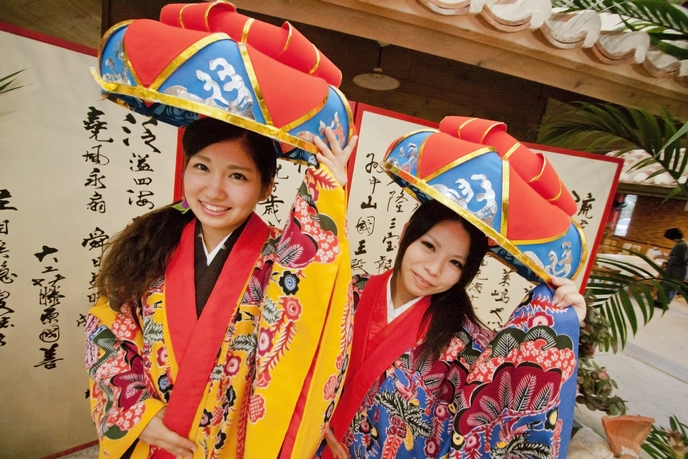 芸能・生活文化体験 Real Ryukyu costumes for rent